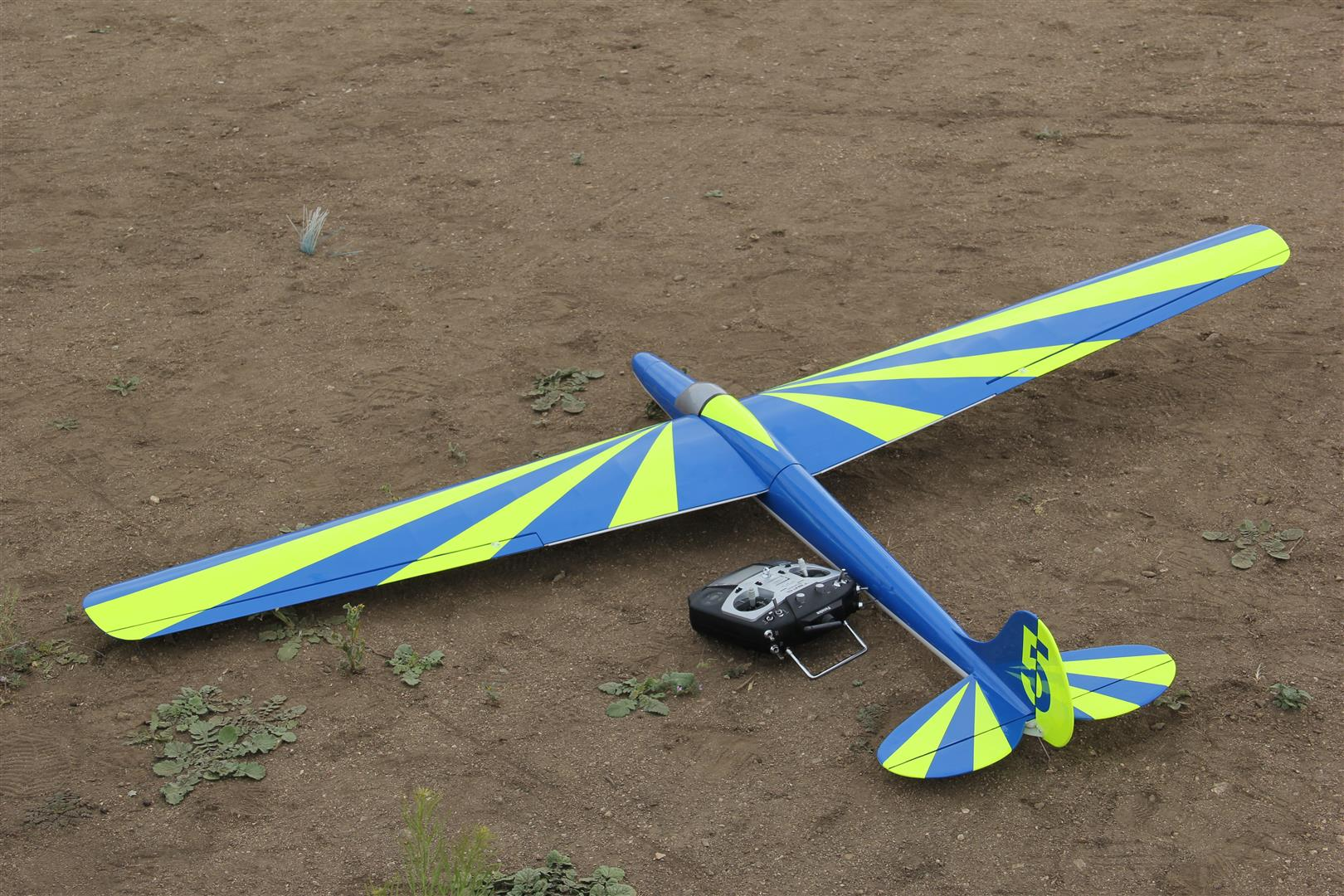 On the Line… Aerotowing RC Gliders!